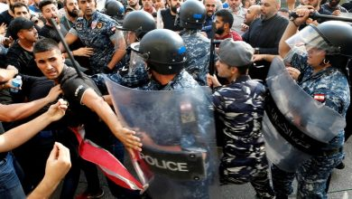 Photo of فتح الطرقات بواسطة الجيش اللبناني خلال التظاهرات