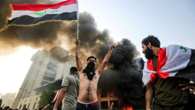Photo of هتافات قوية ضد ايران و انضمام مدن عراقية جديدة للتظاهرات