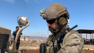 Photo of وسائل إعلام أمريكية ترامب وافق على توسيع المهمة العسكرية الأمريكية لحماية حقول النفط بسوريا