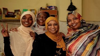 Photo of السودان يلغي قانونا ينظم زي النساء والآداب العامة