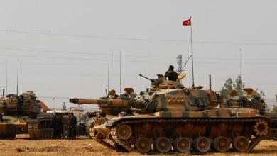 Photo of وزارة الدفاع التركية عن مقتل جنديين تركيين جراء هجوم صاروخي تعرضت له قاعدة عسكرية في بلدة أقجة قلعة