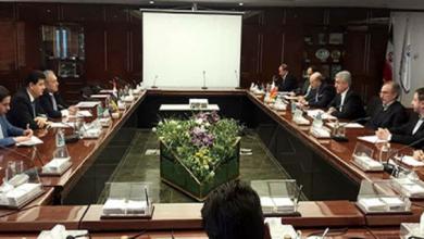 Photo of أردكانيان الجانبين الإيراني والسوري اتفقا على تشكيل لجنة مشتركة حول انخراط الشركات الإيرانية في المشاريع المتعلقة بإعادة إعمار سوريا