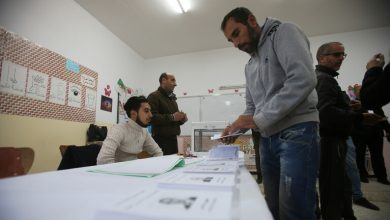 Photo of إنتخابات الجزائر:تقديرات أولية غير رسمية حصول عبد المجيد تبون على 64 بالمائة من الأصوات