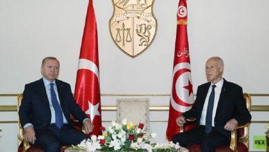 Photo of الرئيسين التركي رجب طيب أردوغان والتونسي قيس سعيد ولقاء عاجل وفقا لما نقلته الرئاسة التونسية.