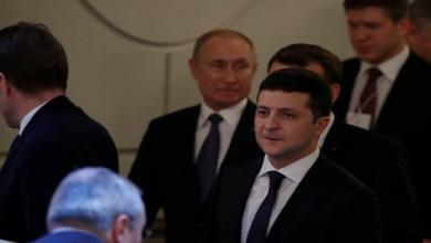 Photo of زيلينسكي للصحفيين كانت هناك بعض التنازلات لا أدري من تغلب على من والأحرى بنا أن نتحلى باللهجة الدبلوماسية الآن لا نزال في بداية الحوار