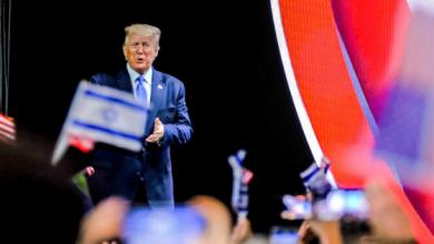 Photo of الرئيس الأمريكي أكثر رئيس صداقة لإسرائيل في تاريخ الولايات المتحدة خلافا عن أسلافه يفي بوعوده أمام اليهود