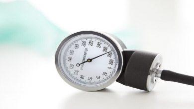 Photo of ثلاث فواكه أثبتت الدراسات فاعليتها في خفض ارتفاع ضغط الدم