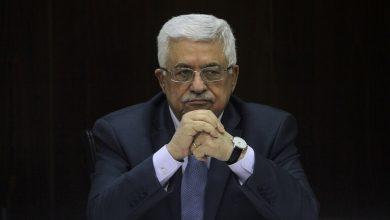 """Photo of الرئيس الفلسطيني محمود عباس :حذر رئيس وزراء إسرائيل بنيامين نتنياهو في رسالة """"حادة""""من تبعات قرار قطع أموال الضرائب."""