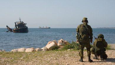 Photo of القوات المسلحة الروسية والسورية : ميناء طرطوس تدريبات مشتركة على حماية النشاط الاقتصادي الدولي في البحار.