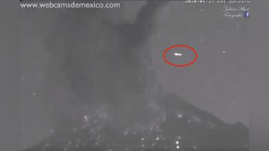 Photo of رصد جسم غامض في السماء فوق بركان مكسيكي لثوان بعد ثورانه
