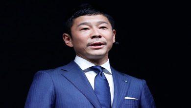 Photo of ألغى الملياردير الياباني يوساكو مايزاوا بحثه عن حبيبة في رحلة إلى الفضاء بعد تلقيه طلبات من 27722 فتاة.