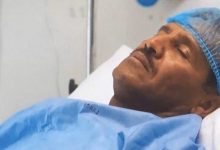 """Photo of فيديو لـ """"خالد عبد الرحمن"""" بعد الوعكة الصحية وحديثه عن صورته على سرير المرض"""