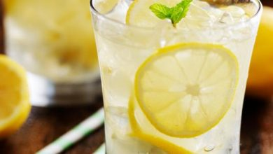 Photo of ماء الليمون.. أسباب تجعله مشروبك اليومي بالشتاء