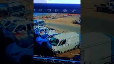 """Photo of شاهد.. أول فيديو للحادث المروّع بين مركبتين في تقاطع """"مخطط ولي العهد6"""" جنوب مكة"""