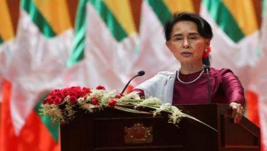 """Photo of جيش ميانمار يعتقل رئيس البلاد.. والزعيمة """"أونج سان سوكي"""" المتهمة باضطهاد مسلمي الروهينغا"""