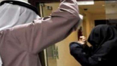 "Photo of فتاة بالمدينة تستغيث من أهلها : ""يا الشرطة بياخذوني يا بنتحر""! .. و""العنف الأسري"" يتفاعل"